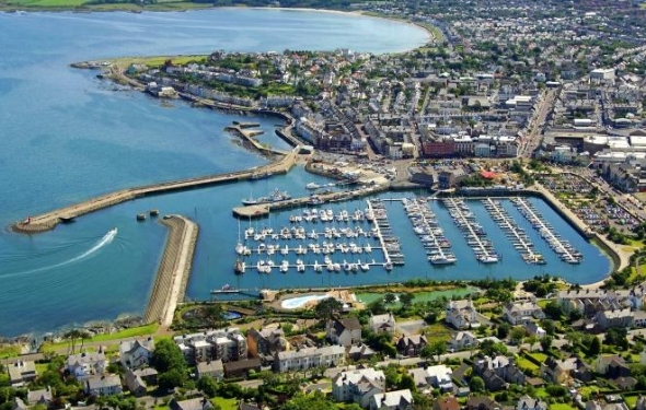 Our English Language Academy is 2 mins from Bangor Marina